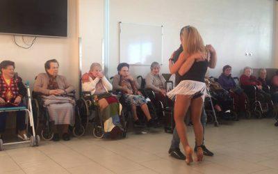 San Valentin: Bailes Latinos en residencia de ancianos CER