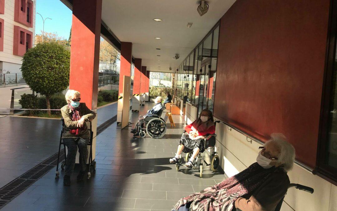 Sale el sol en nuestra Residencia de Ancianos Cer Espartinas